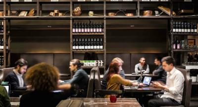 Des restaurants qui se transforment… en espaces de coworking