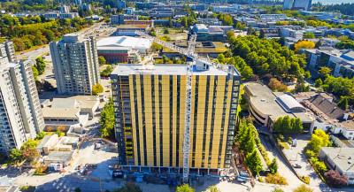 La plus haute tour en bois du monde en construction à Vancouver